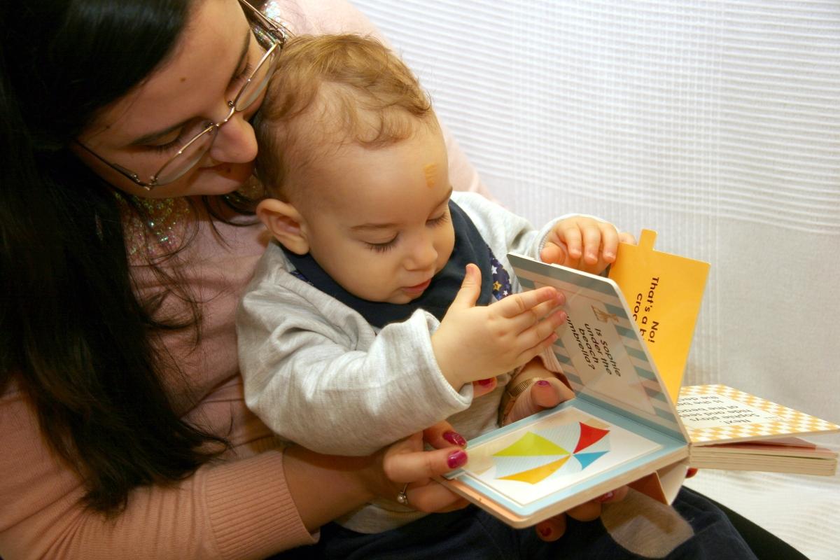 Irina Trancă – o mămică care citește cum poate, unde poate și cât poate:)